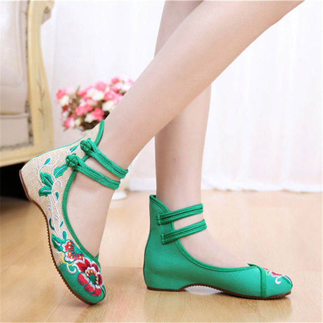 Zapatos Mujer 2017 Embroidery Flower Flats Cotton Fabric Casual Mary Jane  Shoes Comfortable Round Toe Chinese Style Shoes Woman