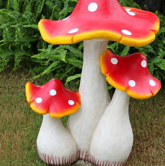 Simulation Mushroom Garden Ornaments Resin Sculpture Features