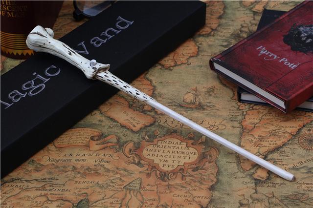 Nueva Llegada de Harry Potter Voldemort Varita Mágica Varita de Juguete Con luz Cosplay Prop Película Periferia Colección Juguete Niño Juguetes de Los Niños