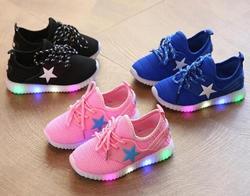 AI LIANG VENDAS HOT Crianças Meninos Meninas Glowing LED Light Up Shoes Luminosas Sneakers Crianças Das Sapatas de Bebê