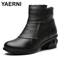 YAERNI Brand 2017 New Folk Style Genuine Leather Women Boots with Ankle Round Toe Mid Heels Short Boots Female Warm Winter Shoes