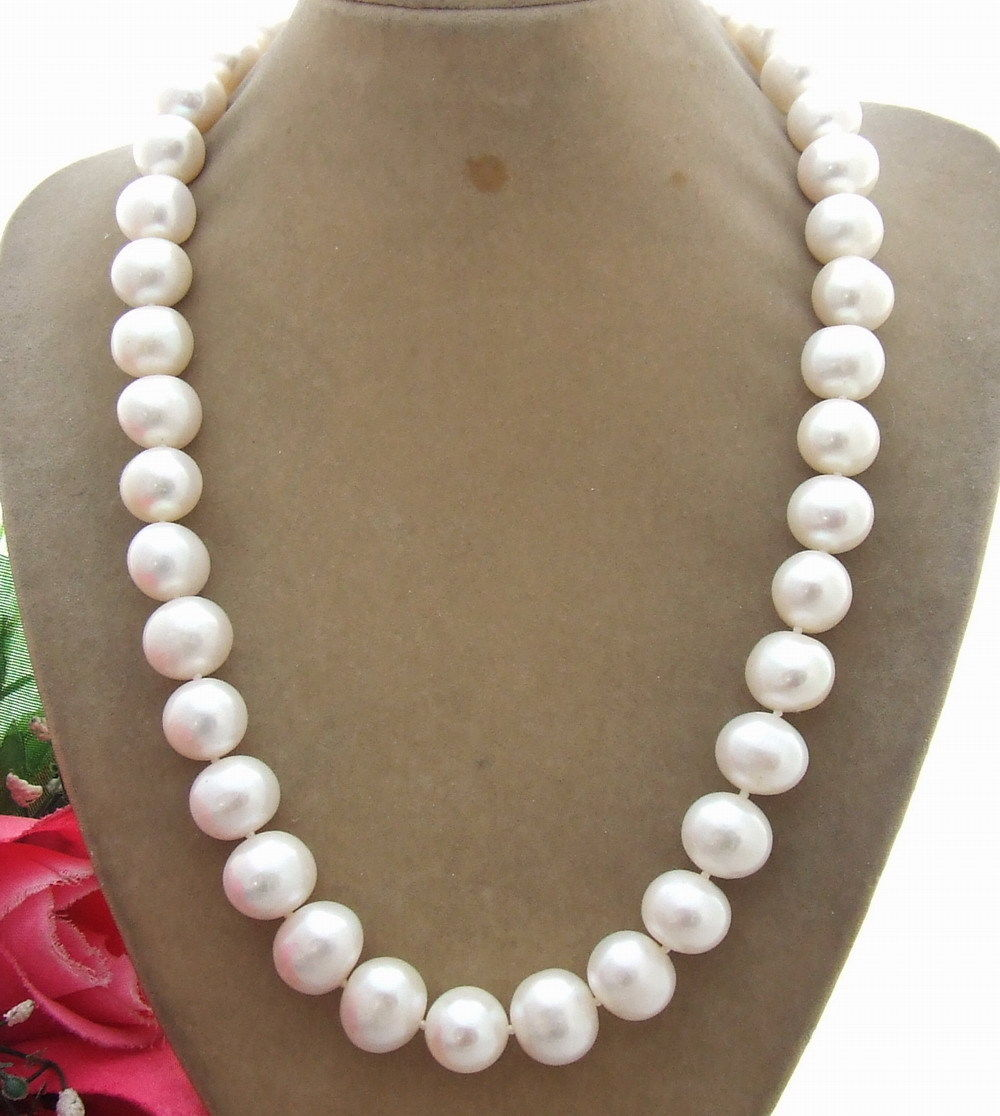 19 14MM White Pearl Necklace image