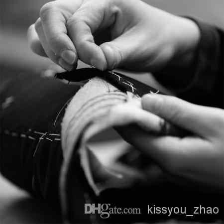 2017カスタムデザインのサイズと色noボタン新郎タキシード花婿の付添人マンダリン襟男性の結婚式のスーツ(ジャケット+パンツ+ネクタイ+チョッキ