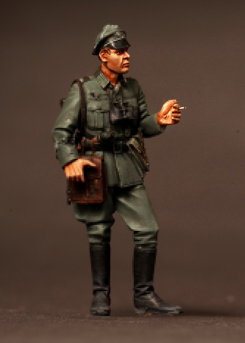 pre order-Resin toys 3520 Officer division Grossdeutschland. 1939-42 Free shipping Quality products pre order resin toys s 3116 refugee girl europe 1939 45 free shipping