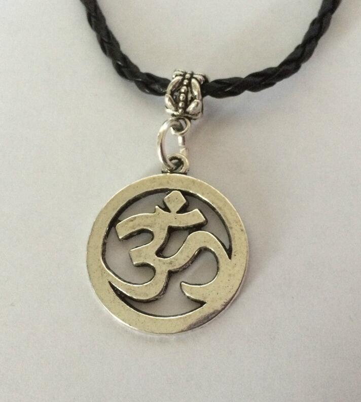 Fashion Vintage Silver OM OHM Aum Yoga Hindi Omkara Symbol Charms Pendants Necklace Collar Jewelry For Women Girl Gift 1pcs/lot