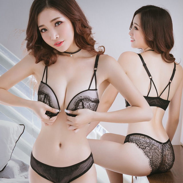 2018 autumn and winter new girl front buckle without steel ring bra beauty  back gathering sexy lace underwear set 1313a8efa
