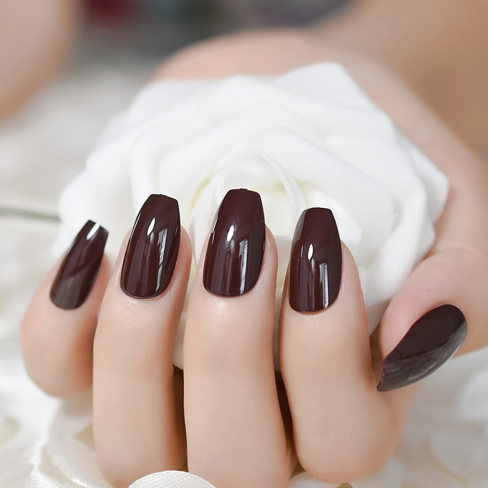 24Pcs Chocolate Medium Candy Nails Coffin Classic Design