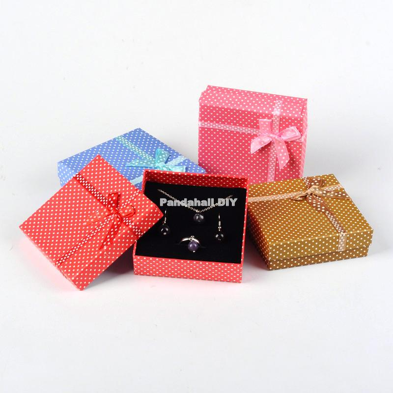 72pcs Cardboard Jewelry Set Boxes 90x90x30mm Square Gift Box with Sponge For Jewelry Packaging Mixed Colors