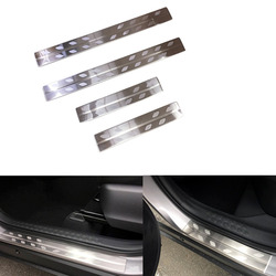 Ze stali nierdzewnej zewnętrzna zewnętrzna progu artykuł nakładka na próg pokrywa wykończenia 4 sztuk nadające się do Toyota C HR 2016 2017 2018 2019|exterior accessories|plate coverplate door -