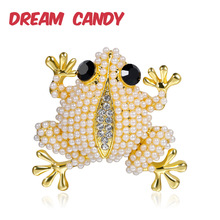 Dream Candy Creative Full Pearl Frog Brooches for Women Animal Corsage Brooch Trendy Jewelry Backpack Accessories 2019 Hot Sale