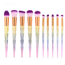 купить Diamonds Cosmetic Makeup Brush Set 10Pcs Colorful  Makeup Foundation Powder Blush Eyeliner Brushes pincel maquiagem по цене 1042.1 рублей