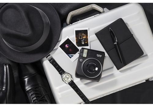Fujifilm Instax MIni 70 Black (4)