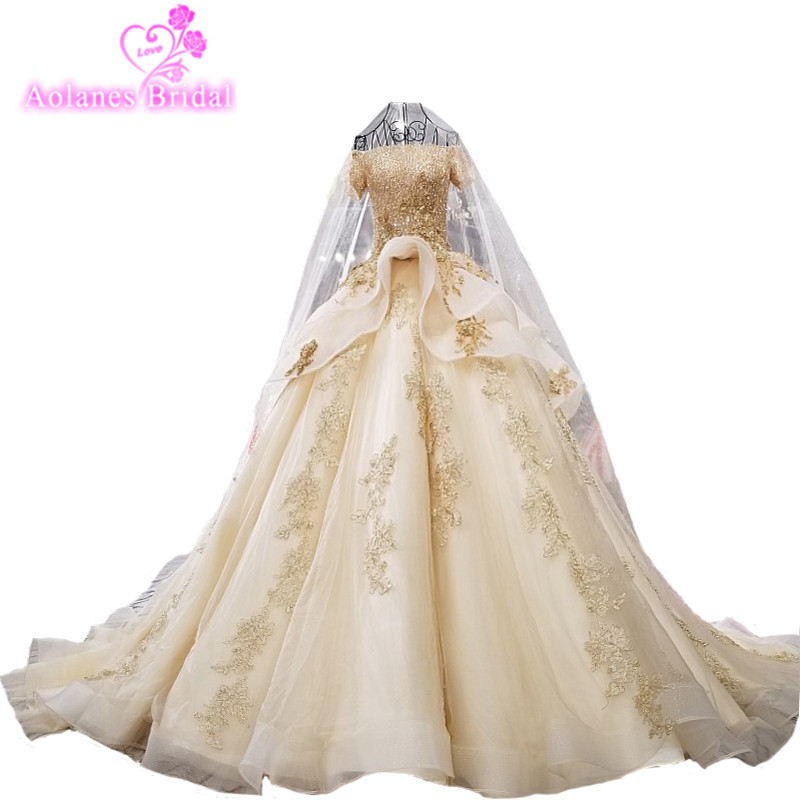 AOLANES 2018 Gold Champagne Tulle Short Sleeves Royal Train Bridal Gowns Lace Up Ball Gown Vintage Wedding Dresses With Veils