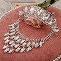 Sistemas de la joyería Collar de la Flor Pendientes Accesorios joyería de la Boda Africana Y Corona de La Tiara Del Partido Trajes de Las Mujeres