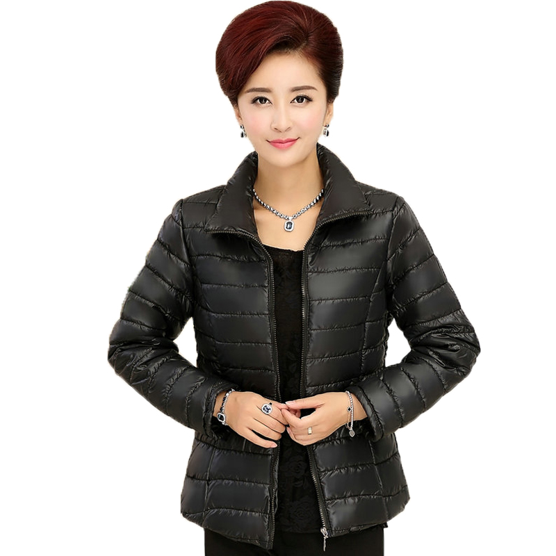 ФОТО Woman Basic Puffer Jacket Black Blue Red Coat Middle Aged Womens Quilted Jackets Stand Collar Zipper Coats Lightweight Outerwear