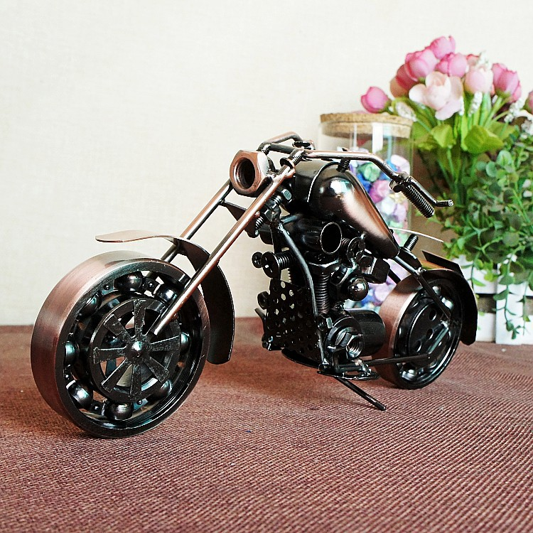 HOT Sale! Retro Iron Motorcycle Model Ornaments Vintage Metal Motorbike Crafts Home Decor Xmas Gift Kids Gift Free Shipping