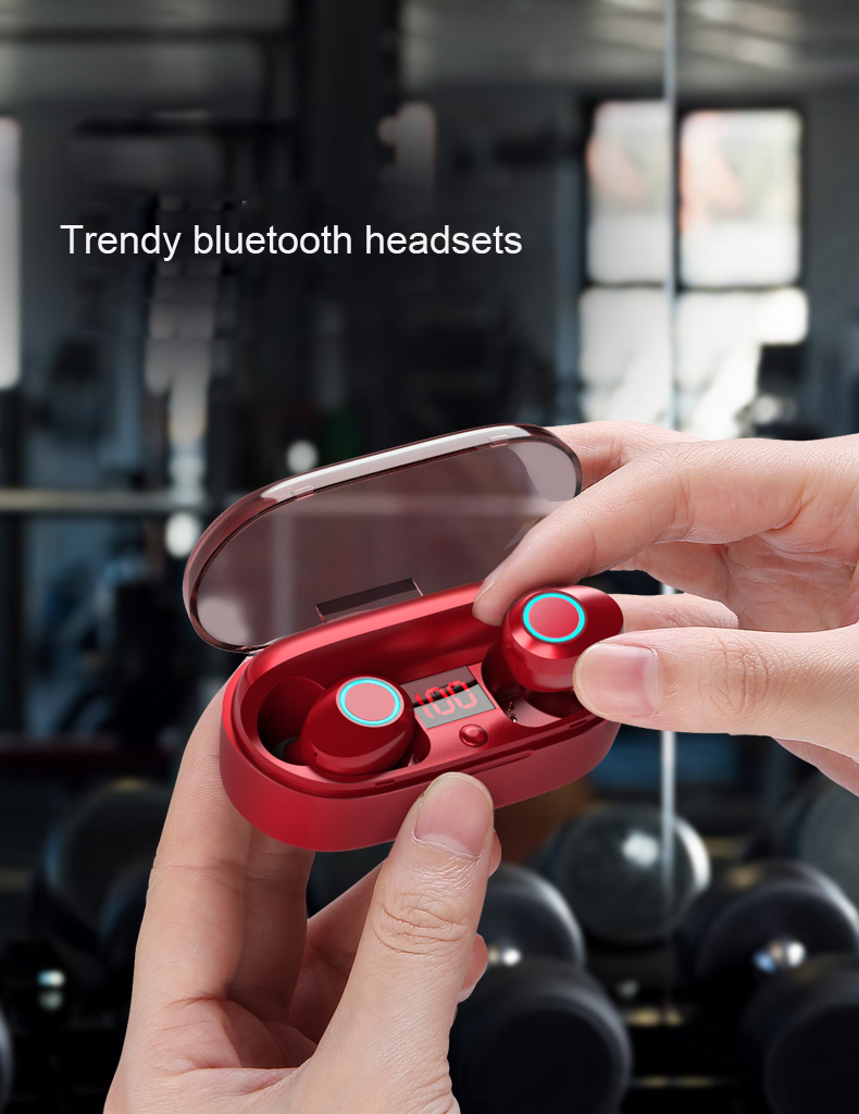 2018 new mini TWS Wireless bluetooth5.0 IPX5 Waterproof and sweat-proof sports earphone with LED charger box for Mobile phone