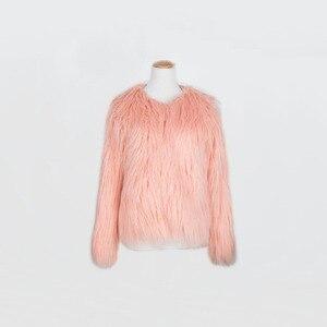 Image 5 - Одежда для мамы и дочки, одинаковая семейная одежда из искусственного меха, теплая одежда для мамы и ребенка, Осень зима 2018, плотное пальто, куртка
