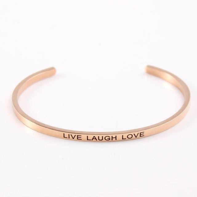 b86cae55937c95 Oro rosa In Acciaio Inox Braccialetto Inciso LIVE LAUGH LOVE Citazione di  Ispirazione Del Polsino Mantra