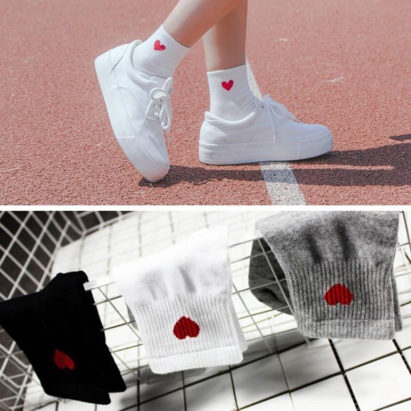 Women Cute Red Heart Pattern Socks Soft Breathable Kawaii Cotton Socks Ankle-High Casual Socks