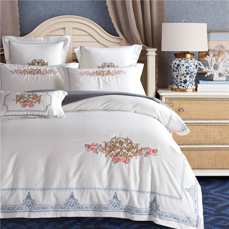 2018 Egyptian Cotton Oriental Embroidery Bedding Sets White Bed Sheet Queen King Size 4pcs/7pcs Duvet Cover Sets