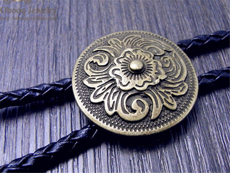 Art Bolo Tie Antique Brass Silver Flower Totem Round Buckle Adjustable Western Cowboy Novelty Ties