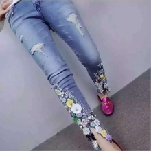 2017 Spring New Fashion Women Skinny Diamond Flowers Jeans Pencil Pants Stretch Capris Jeans A-144
