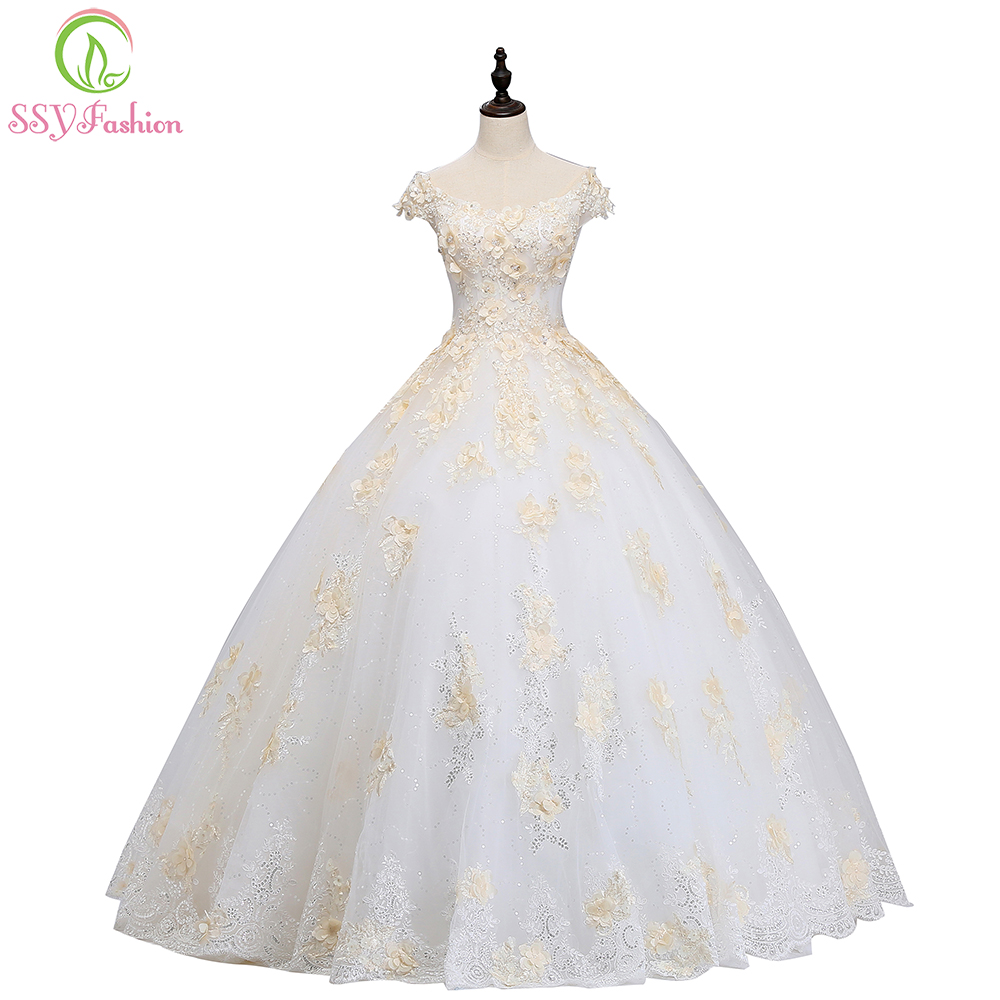 SSYFashion  New Luxury Wedding Dress High-end The Bride Married A-line Floor-length Lace Appliques Beading Wedding Gown