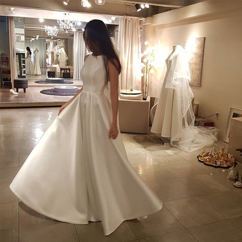 Floor Length Simple Wedding Dress O-neck Sleeveless Satin Bridal Dress White Ivory Korean Women Elegant A-line Vestido De Novia