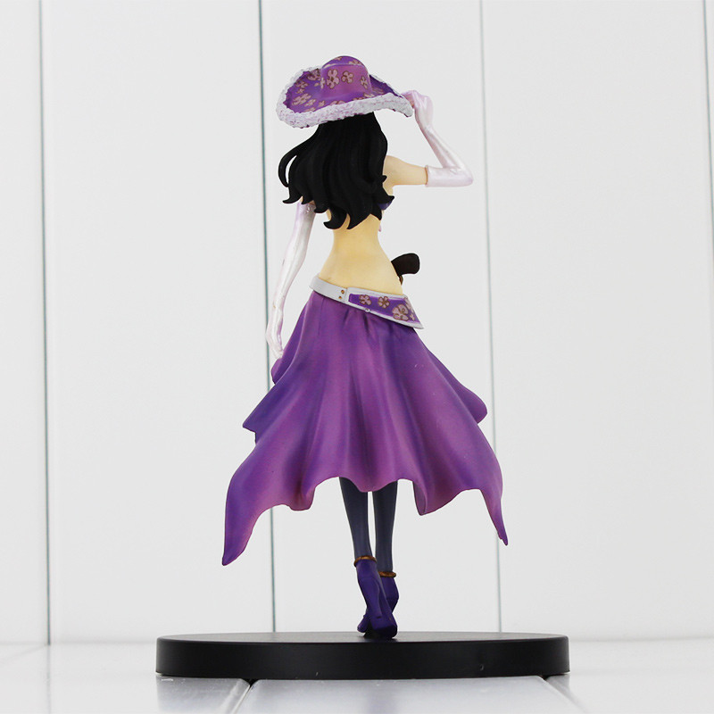 Robin One Piece Figure Back View