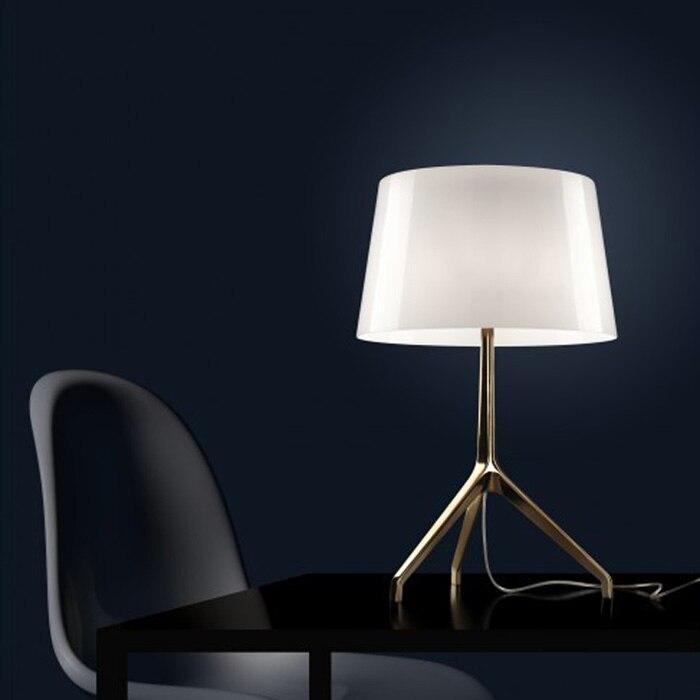 Италия Дизайн er минималистский моды Книги по искусству Стекло Дизайн Спальня исследование творческий тумбочка лампа A359
