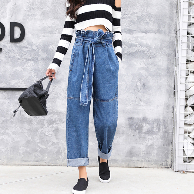 e56775111a7 Women paper bag waist trousers 2018 Casual denim wide leg pants Blue jeans  loose Bottom High quality high waisted long pants-in Jeans from Women s  Clothing ...