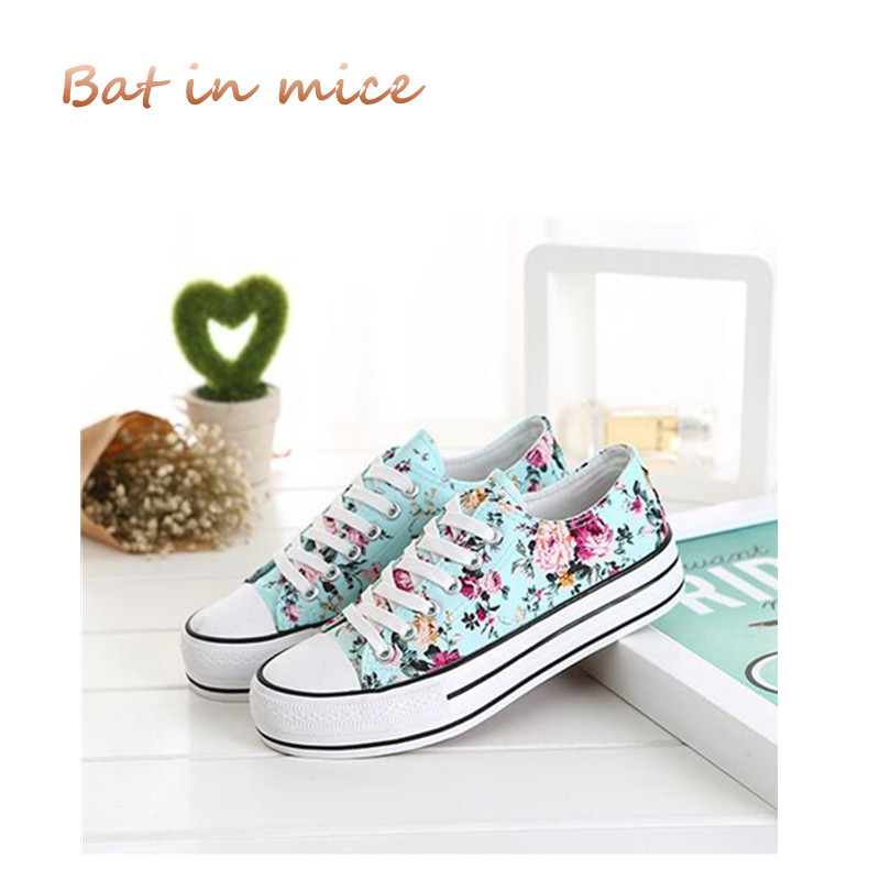 Women Low Top Canvas Shoes Classic Female Flower Pattern Vulcanized Shoes Ladies Casual student Muffin bottom Woman Shoes C133 e lov women casual walking shoes graffiti aries horoscope canvas shoe low top flat oxford shoes for couples lovers