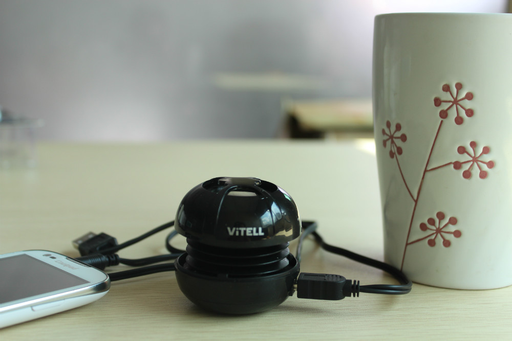 shinning black high end mini hamburger portable speaker for computer iPhone smartphone etc. free shipping
