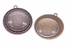 One Antique Bronze Effect Cameo Pendant Blank Bezel Tray Setting // with Clear Glass Cabochon (30mm) APB031theof