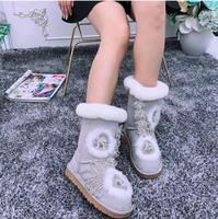 Новинка 2019 года; зимние шерстяные короткие сапоги; зимние сапоги со стразами на толстой подошве; модные кожаные теплые женские сапоги с помп