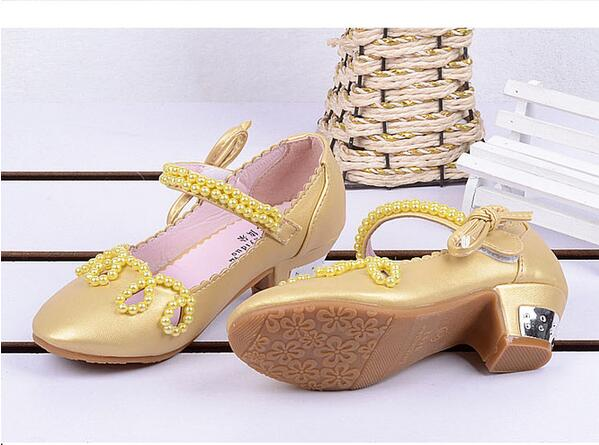 Shiny Pearls Baby Girls Princess Sandals 2016 New Summer baby Wedding Shoes  High Heels European Mules Chaussure Enfant Fille-in Sandals   Clogs from  Mother ... 26aa3249a72d