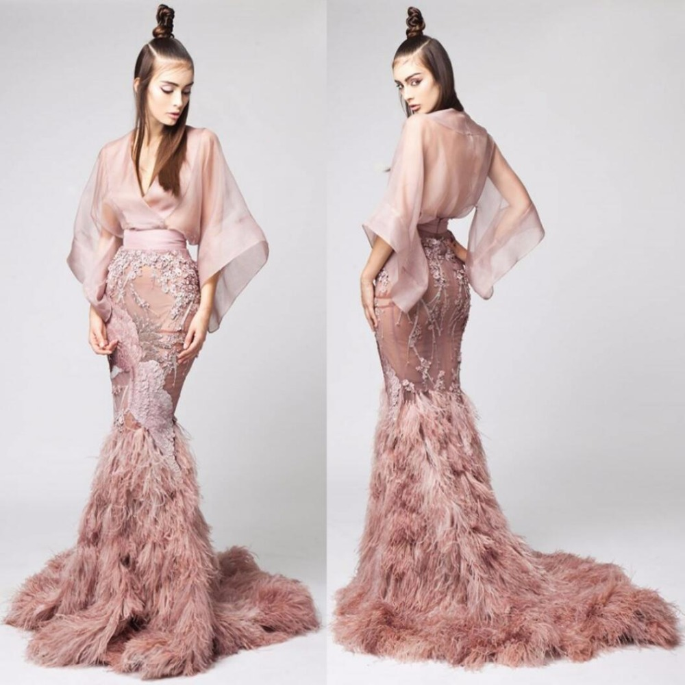 wedding dress with feathers Would love this for the rehearsal dinner fashion feather bridal gowns 5