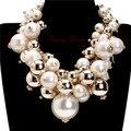 2015 Moda Corrente de Ouro 5 Cores Pérola Beads Cluster Gargantilha Bib Colar Pingente Partido Perfeito Presente de Casamento Dos Namorados