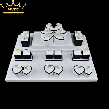 Jewelry Display White PU Leather Ring Stand Lovers Rings Rack Holder Ring Bracelet Rack Jewellery Showcase Organizer Case