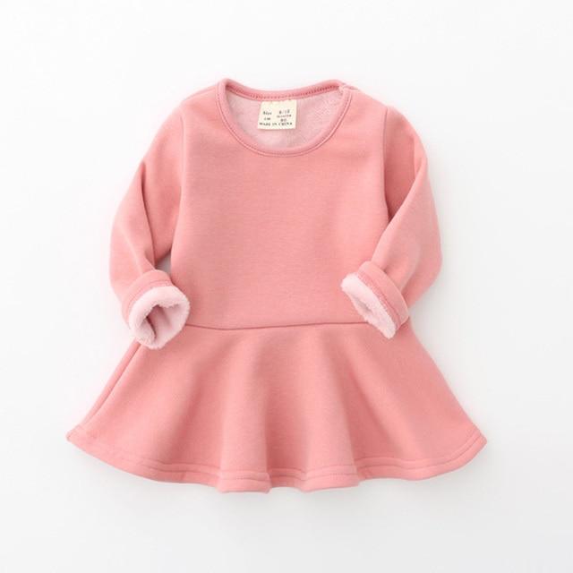 Новый 2017 Платье для маленькой девочки Карамельный цвет с длинным рукавом Одежда для маленьких девочек Зимние флисовые теплые детские платье принцессы DQ699