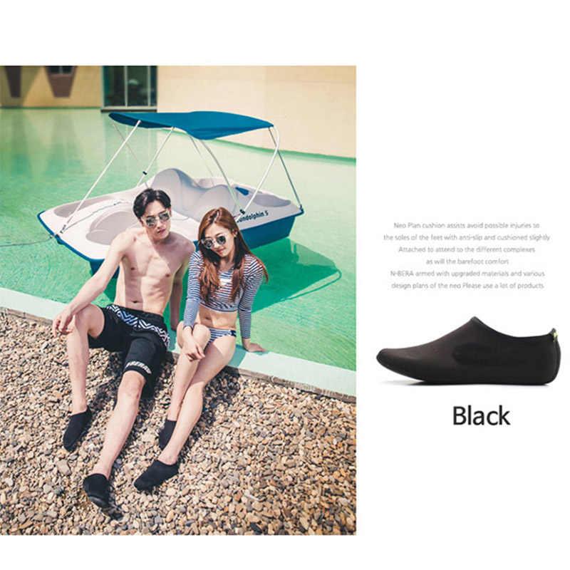 Sıcak satış dayanıklı taban yalınayak su cilt ayakkabı Aqua çorap plaj havuz kum yüzme Yoga su aerobik çorap ayakkabı