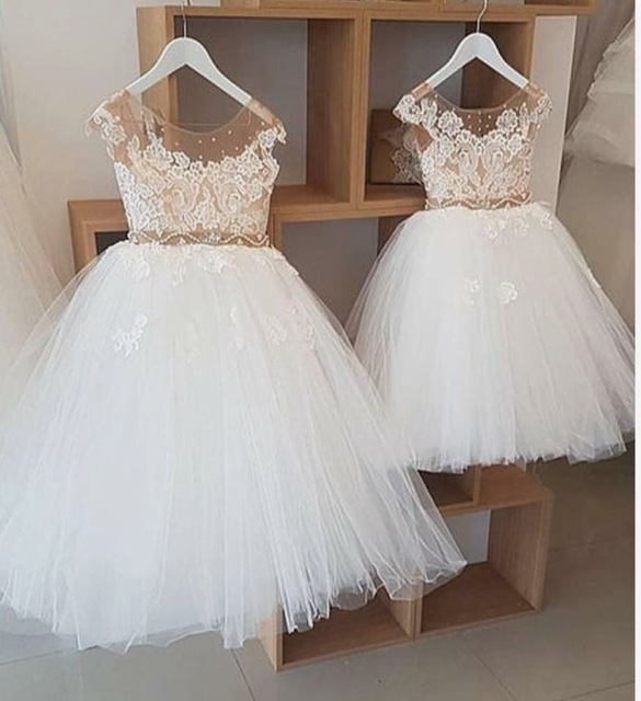 Cute 2018 Lovely Ball Gown First Communion   Dresses   for   Girls     Flowers   Kids Evening Gown   Flower     Girl     Dresses   for Weddings