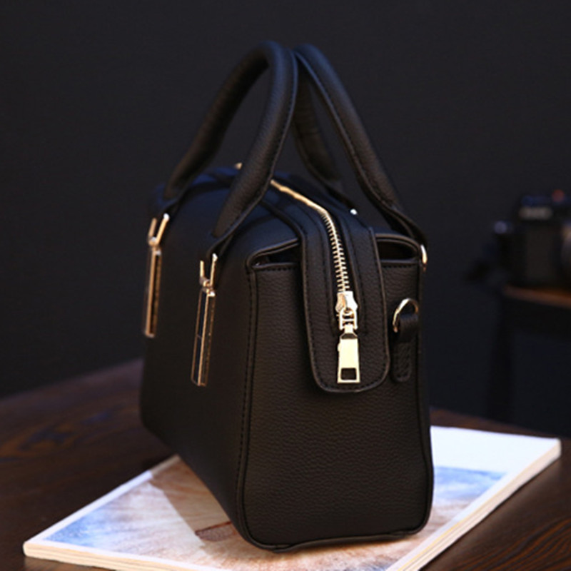 2019 Women Messenger Bags Leather Shoulder Bag Ladies Handbags New Purse Satchel Fashion Tote Bags Gift in Top Handle Bags from Luggage Bags