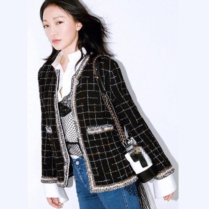 Thiết Kế thời trang Phụ Nữ Áo Khoác Ngắn 2017 Mới Mùa Thu Mùa Đông đầy đủ Tay Áo Mỏng Jacquard lụa Lót Elegant Trắng Đen Áo Kẻ Sọc