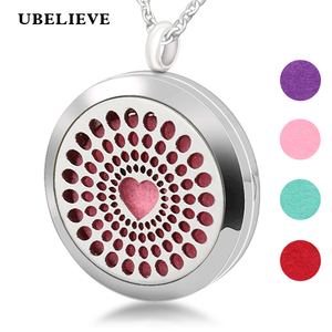 Choker Locket Hollow Aromatherapy Essential Oil Diffuser Locket Necklace Perfume Locket Filigree Scent Locker For Women