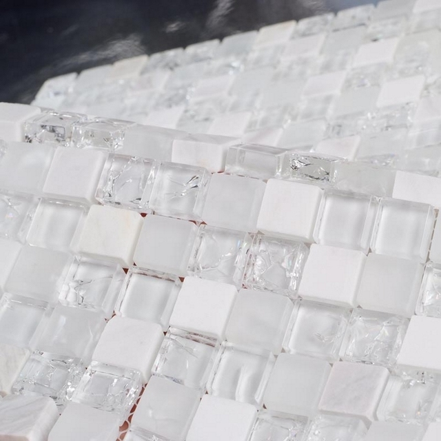 white stone mixed ice crackle clear glass mosaic bathroom mosaic tiles kithcen backsplash white mixed clear