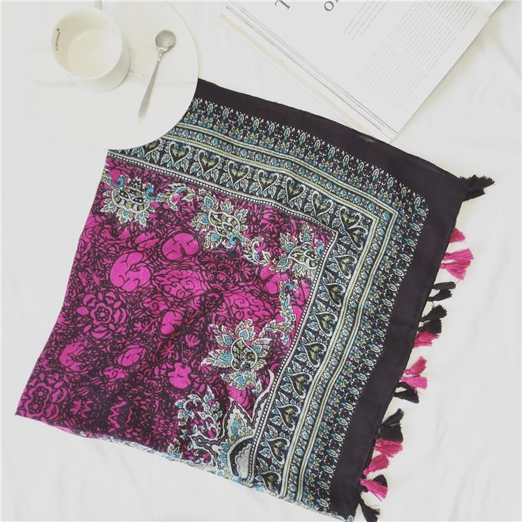 Femmes écharpes 2016, fleur impression écharpe, floral hijab, coton gland  écharpe, châles et foulards, musulman hijab, cape, wraps, silencieux cd9f9cb1c84