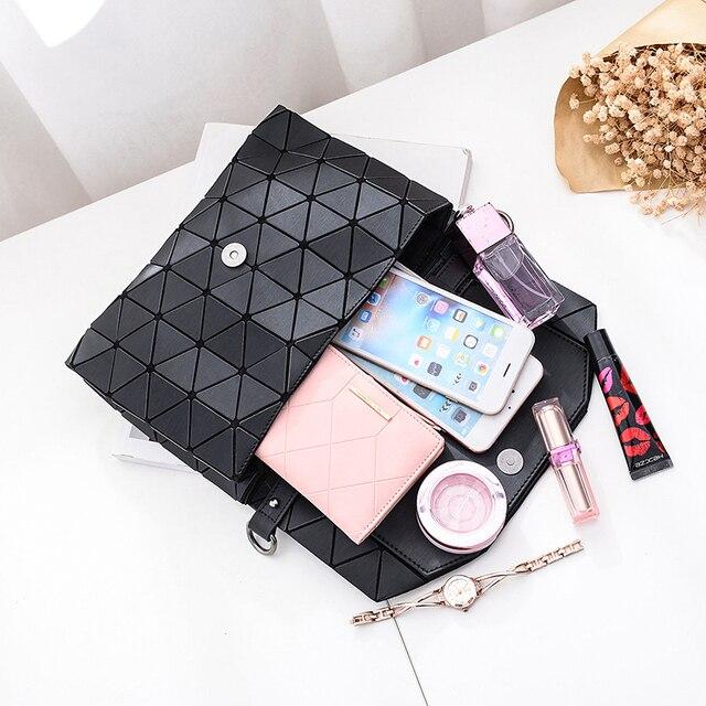 New small solid plaid geometric envelope style handbag 5