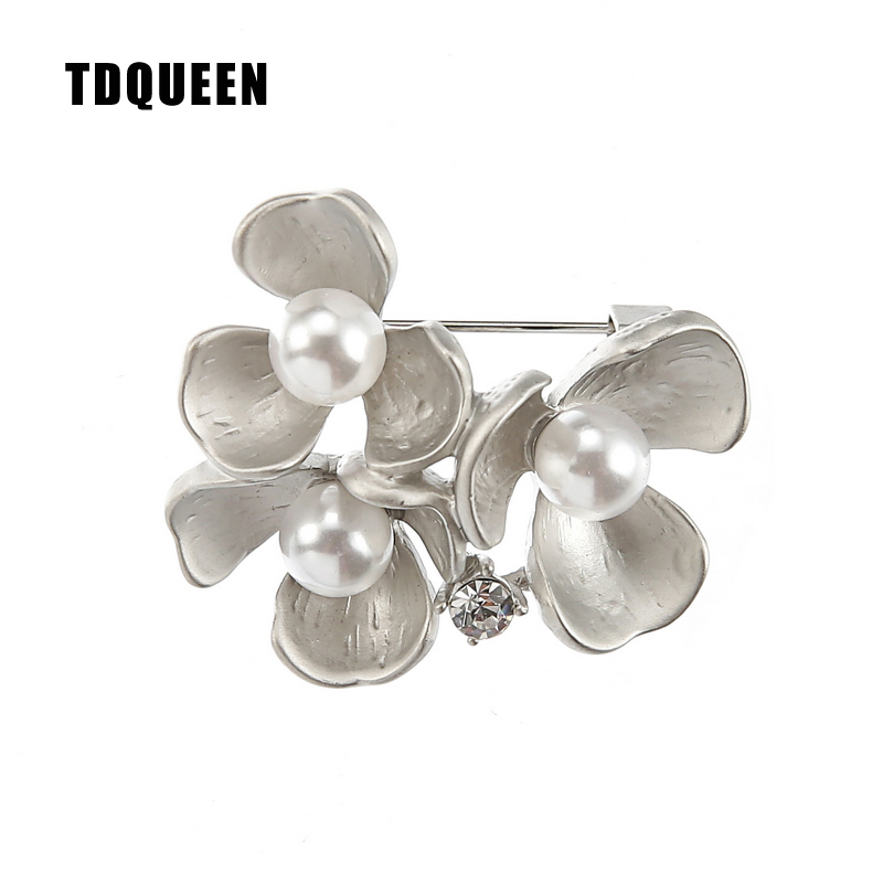 TDQUEEN Brooches Simulated Pearl Pins and Brooches Vintage Safety Pin Jewelry Flower Brooch for Women